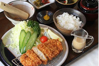 Black pork loin/fillet cutlet meal